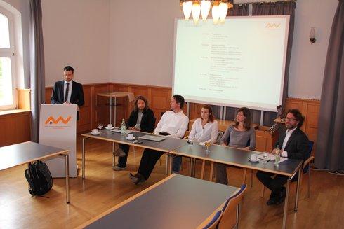 Podium beim 4. QualitätsForum der OTH Amberg-Weiden